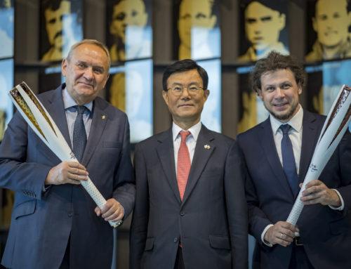 Pamiątkowe pochodnie olimpijskie trafiły do Polski!